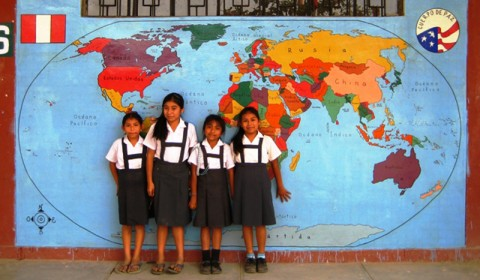 Los Pequenos Geografos (The Little Geographers)