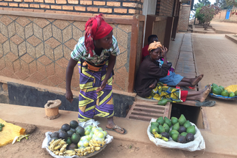 Supporting Women Street Vendors in Kigali